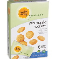 Wild Harvest Organic mini vanilla wafers snack pack